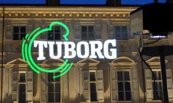 Projektion logo Tuborg
