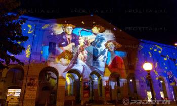 Projektion der Gemälde von Giampaolo Talani