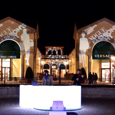 Outlet village in Serravalle Fashion Night Veranstaltung